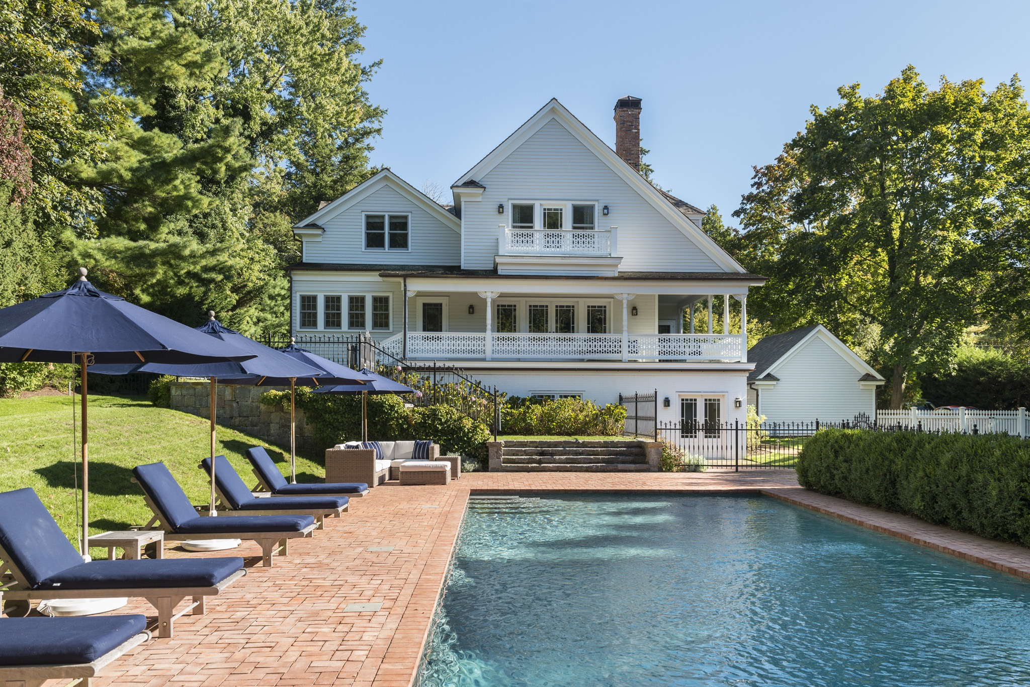 sagaponack middle eastern singles Address not disclosed, sagaponack, ny is a 7 bed, 6 bath, 7000 sq ft single-family home available for rent in sagaponack, new york.